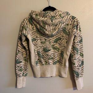 Aritzia TNA neutral leaf pattern crop hoodie